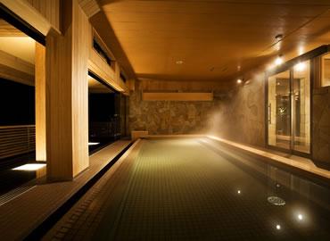 写真:海音の森・桧浴槽