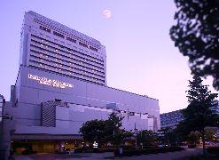 写真:神戸ベイシェラトンホテル&タワーズ 建物外観