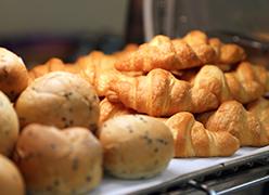 写真:朝食ブッフェ一例