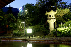 写真:露天風呂 夜景