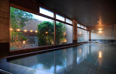 写真:大浴場「轟の湯」(女性用)