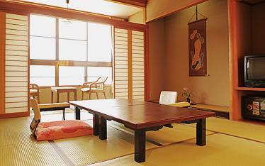 写真:10~12畳和室