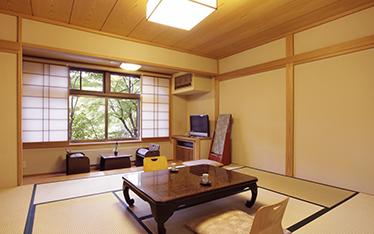 写真:本館純和室(1階)