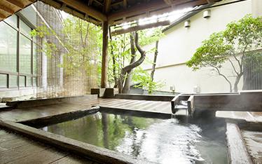 写真:賽泉の湯露天風呂